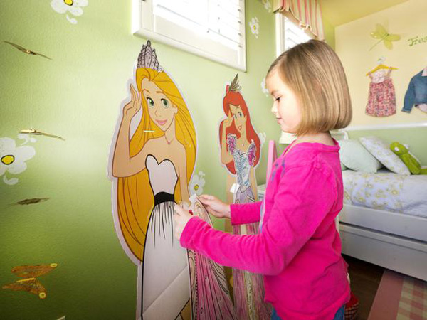 These totally awesome life sized paper dolls allow Audrey to express her creativity by coloring and dressing her favorite Disney princesses in her bedroom.