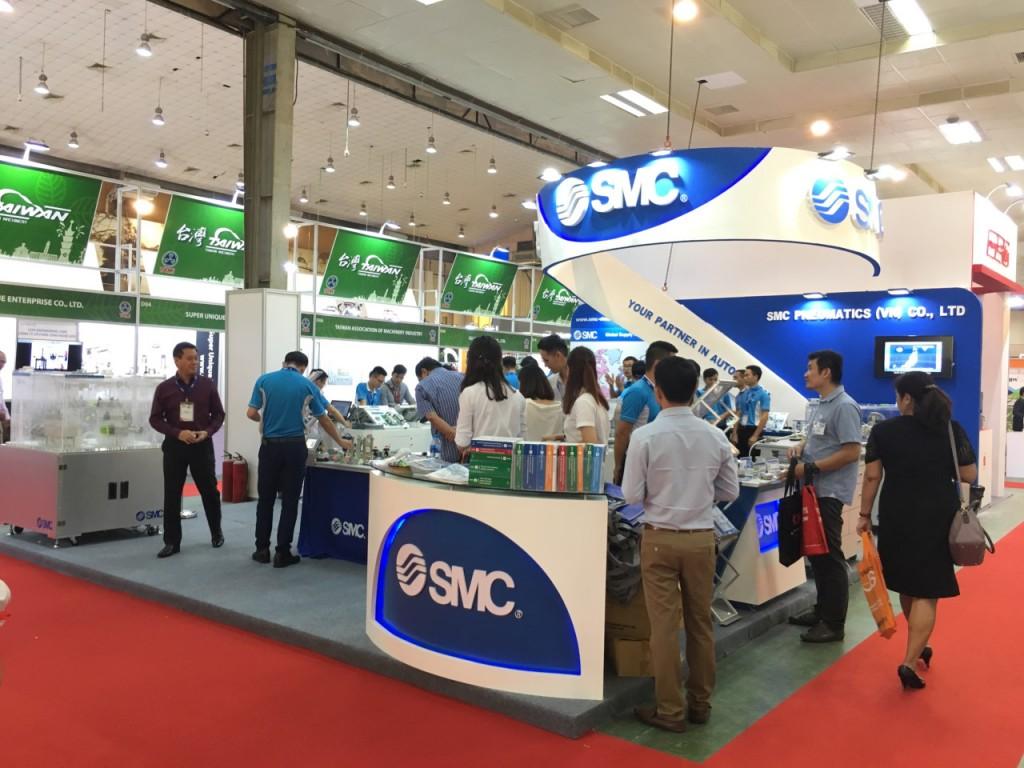 Thi công gian hàng hội chợ đơn vị SMC tại Nepcon Vietnam thực hiện bởi SDragon